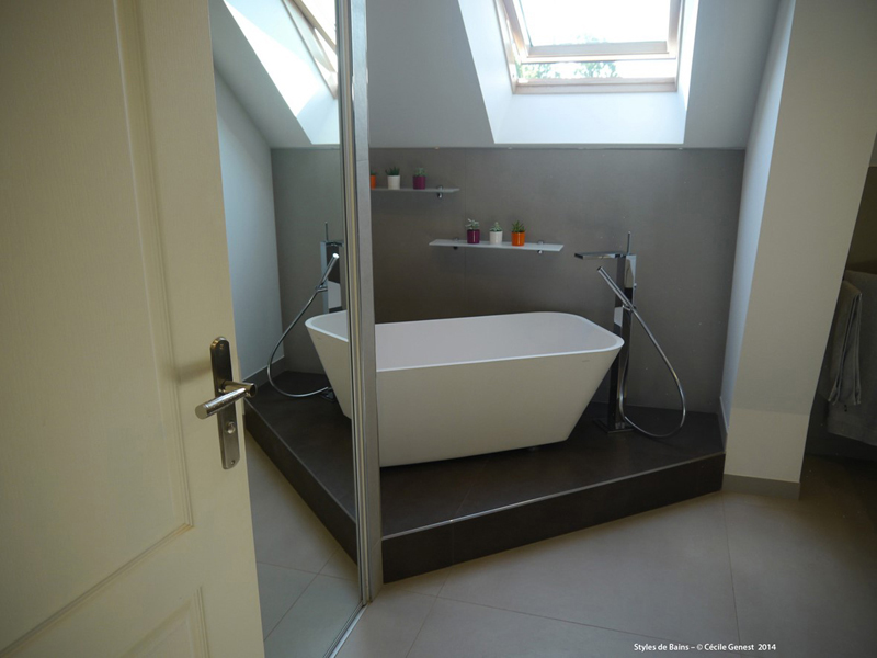 Salle de bain rennes nos realisations en r novation et for Creer une estrade salle de bain